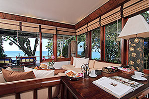 Bourgogne - Villa Royale Phuket
