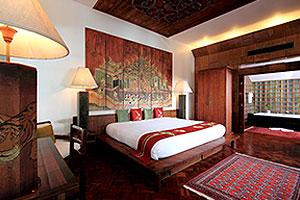 Hong See - Villa Royale Phuket